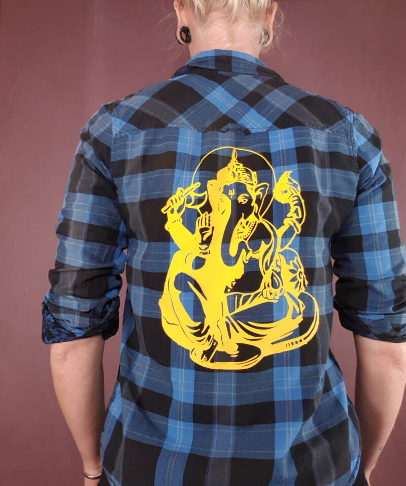 Upcycled shirt Ganesh