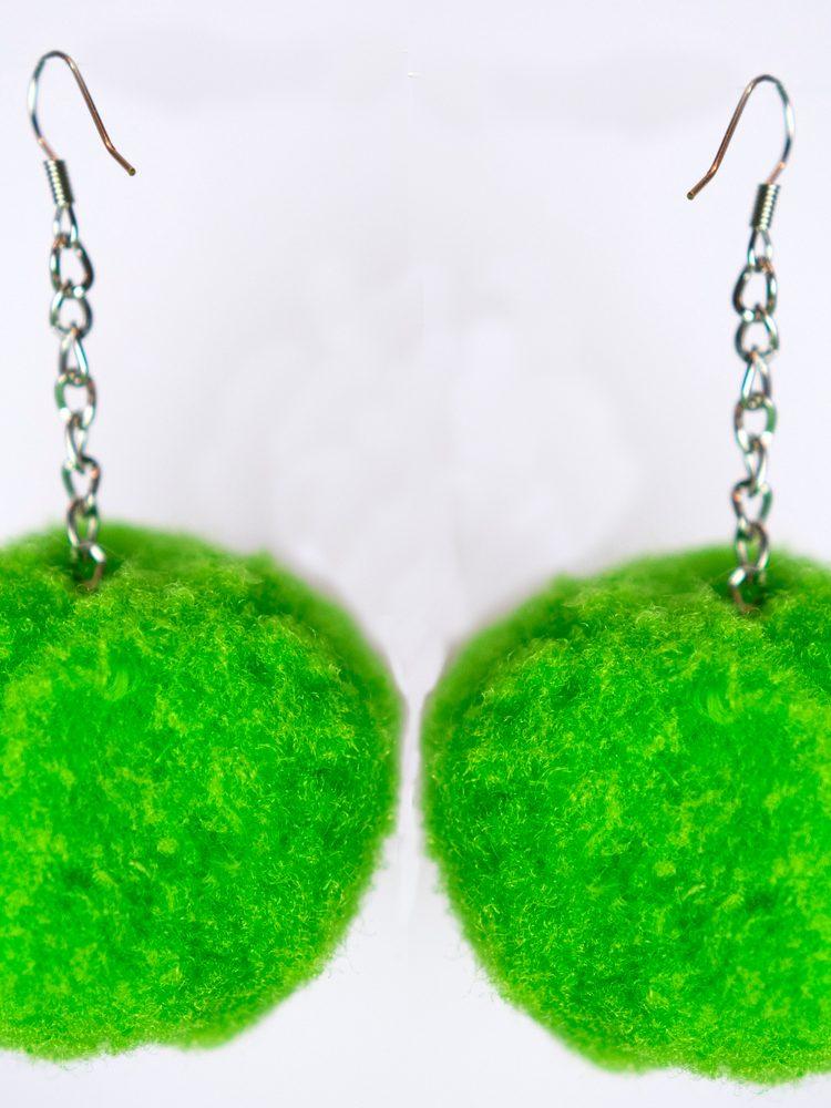 Pompom earrings green