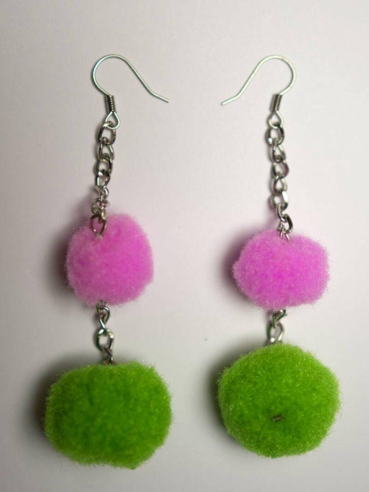 Pompom earrings pink & green